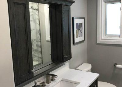White & Black Sink and Vanity2