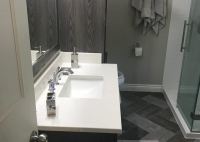 White and Gray Bathroom2