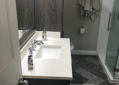 White-Gray-Bathroom2